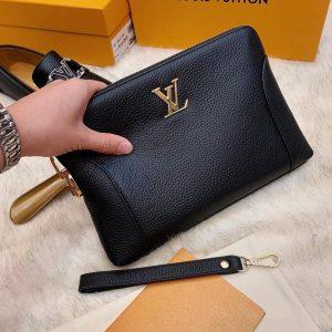 Clutch-vi-khoa-so-Louis-Vuitton