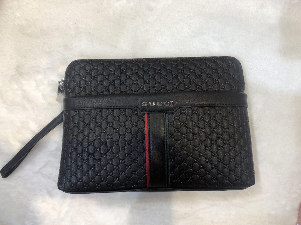 ví cầm tay thời trang Gucci